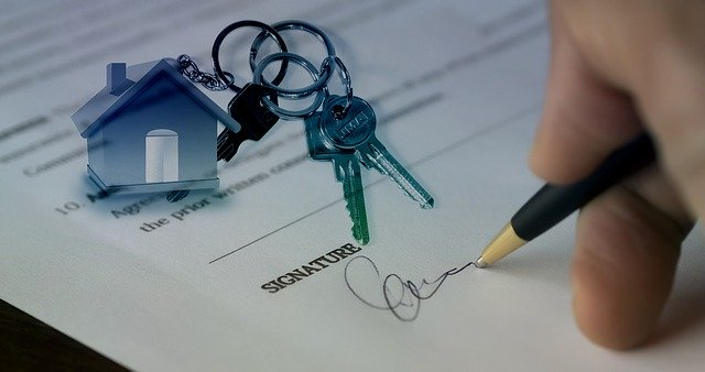 signing property lease document